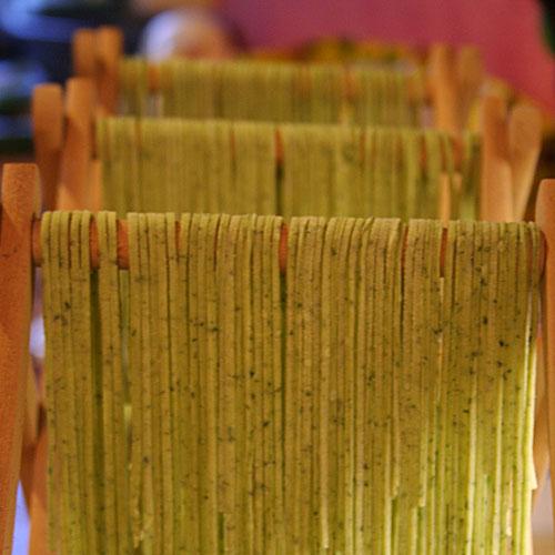 Spaghetti verde Trockenplatz